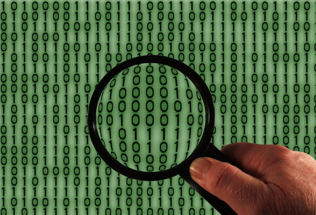 hacker-1446193_1280-1024x683  binary-958952_1280-1024x698